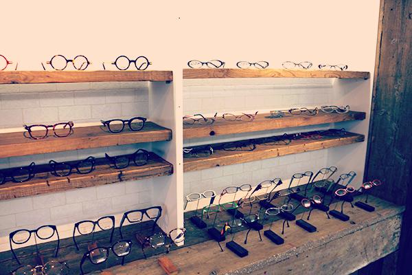 メガネの松永 内装
