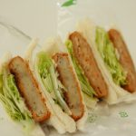 「スマイルサンド」の『サンドイッチ(エビグラタン,牛肉コロッケ)』【大牟田グルメ】