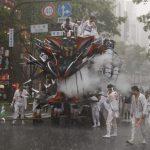 雨にも負けずPR!博多どんたく港まつりのパレード当日の様子